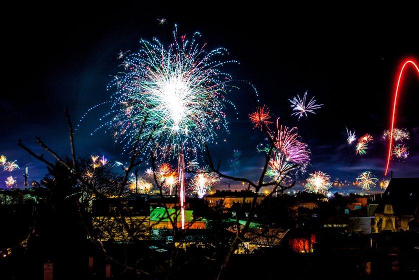 2018-bright-celebration-285598